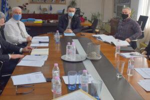 Σύσκεψη υπό τον Περιφερειάρχη για προγραμματισμό έργων