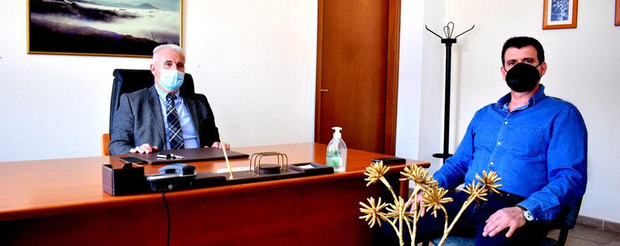 Συνάντηση με πρόεδρο εμπορικού συλλόγου Αμυνταίου